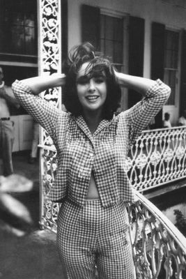 Liz Taylor rocking a gingham two-piece.